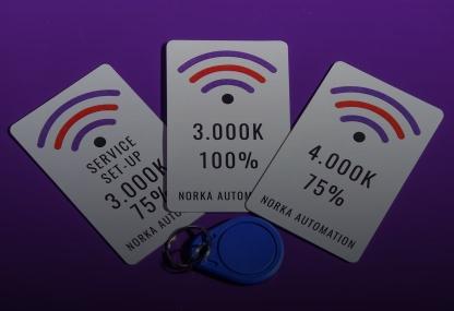 Kontaktlose Farbtemperatur- und Helligkeitseinstellungen von Leuchten mit NFC bei NORKA Automation